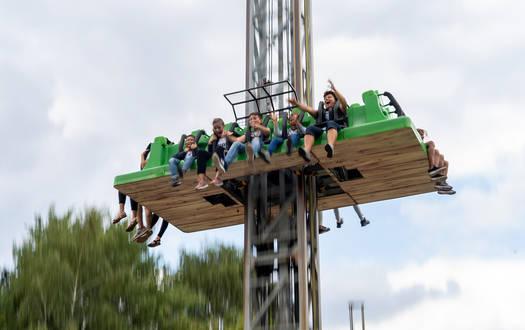 Victoria Freefall Tower - Fahrgeschäfte im Serengeti-Park