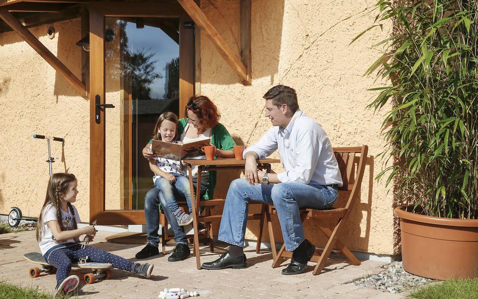 Den erlebnisreichen Tag in der Abenteuer-Lodge ausklingen lassen